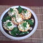 Салат с куриным филе в апельсинах
