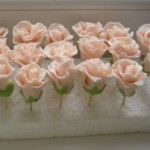 как сделать украшение для торта - розы_kak-sdelat-ukrashenie-dlya-torta-rozy