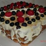 торт Тирамису с ягодами и без яиц