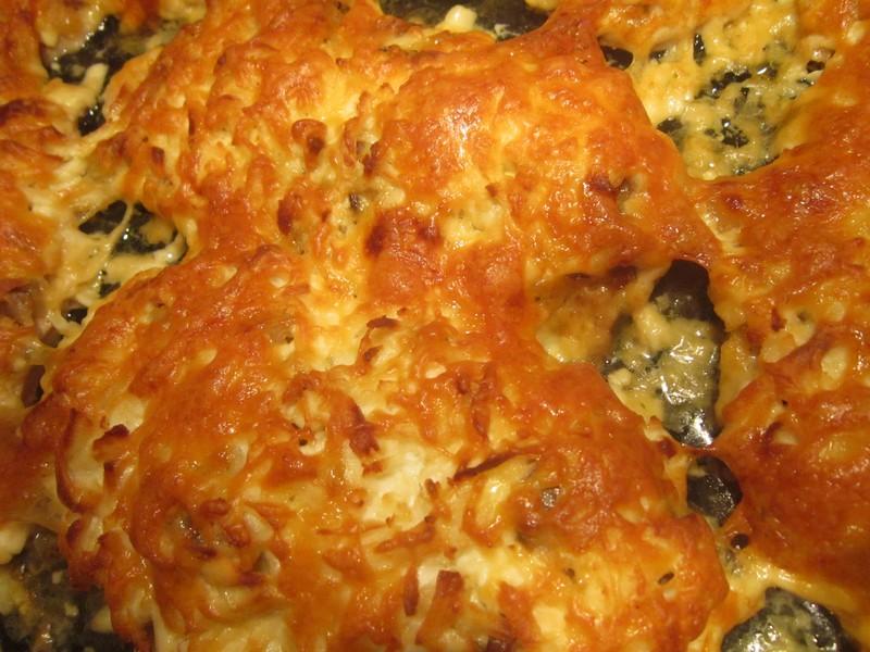 курица в духовке с грибами и сыром