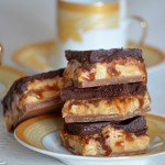 Домашнее шоколадное пирожное Сникерс с нугой2