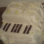торт из мастики Рояль