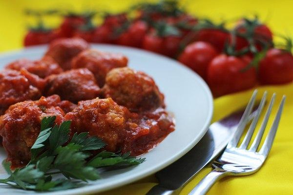 характеристика блюда фрикадельки рыбные в томатном соусе