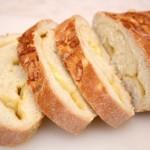 Сырный хлеб в духовке – вкусно с любым блюдом!