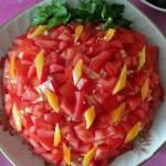 salat_klubnika-350x288