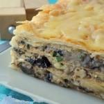 Закусочной торт Горячий Наполеон с грибами и картофелем