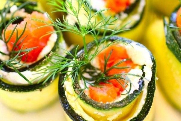 рулетики из кабачков с красной рыбой рецепты с фото