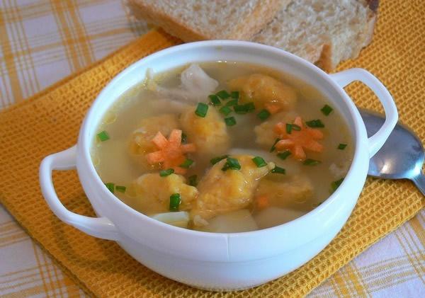 Рецепт салата с ананасом и курицей и сельдереем