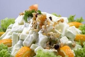 Salat_s_ananasom-apelsinami_i_vetchinoi