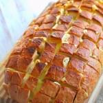 Сырный хлеб с шампиньонами. Хлеб в духовке
