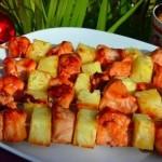 Шашлык из курицы с ананасами – вкус, который восхищает!