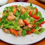 Салат с мидиями и овощами – изысканное блюдо с морепродуктами