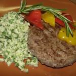 Бифштекс рубленый – блюдо старорусской кухни времен Петра первого