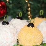 Праздничный салат Мимоза Новогодние шары