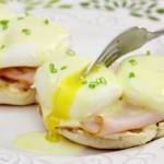 Как приготовить яйца Бенедикт?