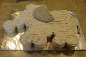 Торт Слон на детский День рождения – мастер-класс-шаг 2
