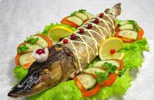 Старорусская кухня – щука на сковороде в кляре